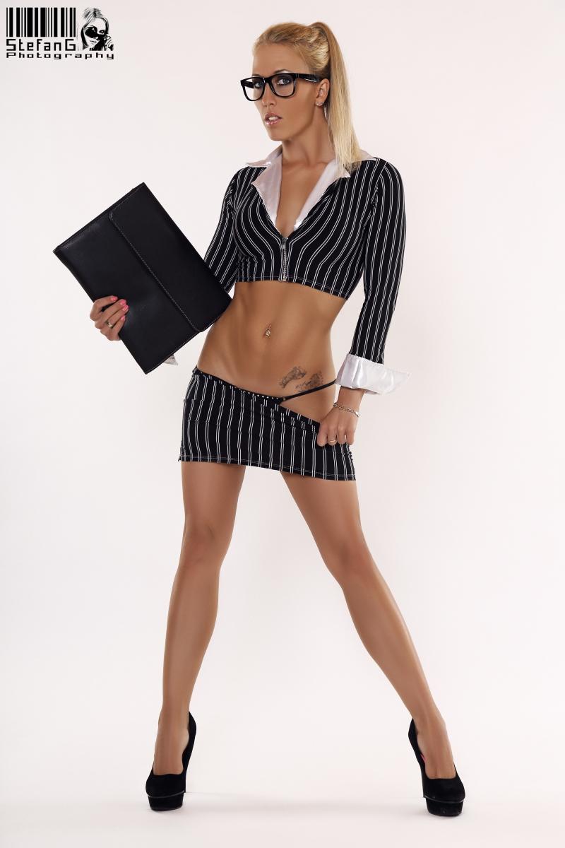 Stripperin Jarly - die Abistripperin